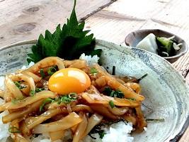 東洋美人×イカ専門店のコラボレーション 「剣先イカの漬け丼」