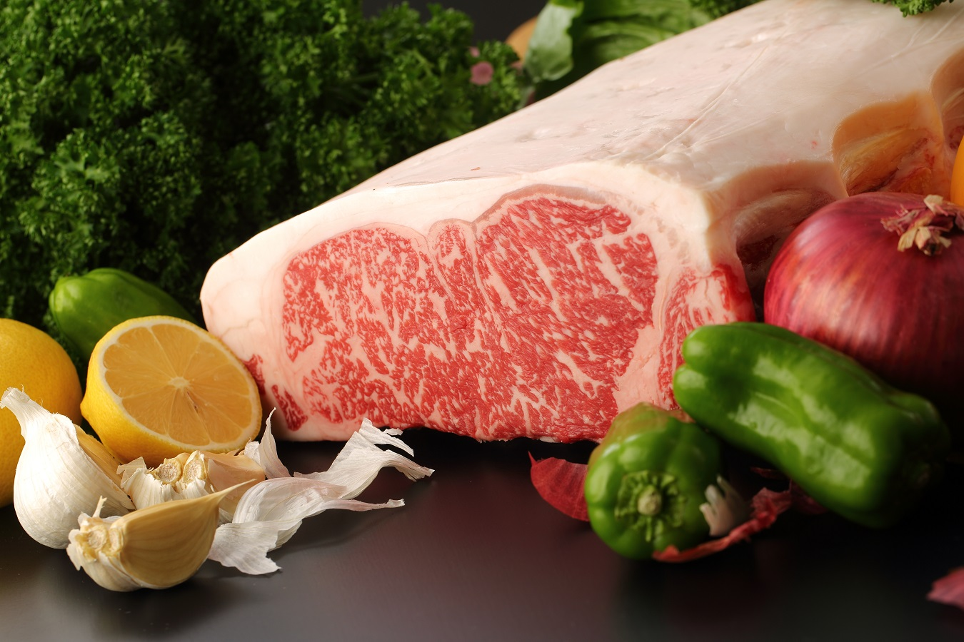 GWは和牛原種の濃厚な旨みとコクを引き継いだ萩の見蘭牛で贅沢おうちBBQ!