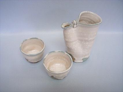[№5226-0108]萩焼 白結晶冷酒器